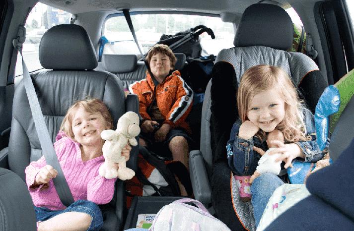 Regras para cadeirinha de crianças no carro na Flórida
