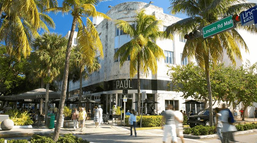 Avenida Lincoln Road em Miami Beach