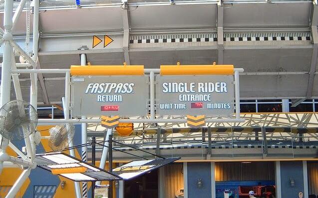 Single riders: filas mais rápidas para quem vai sozinho