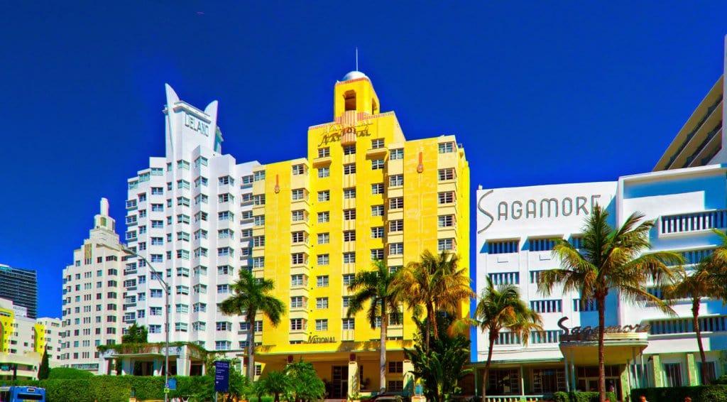 Passeio pelo Art Deco District em Miami