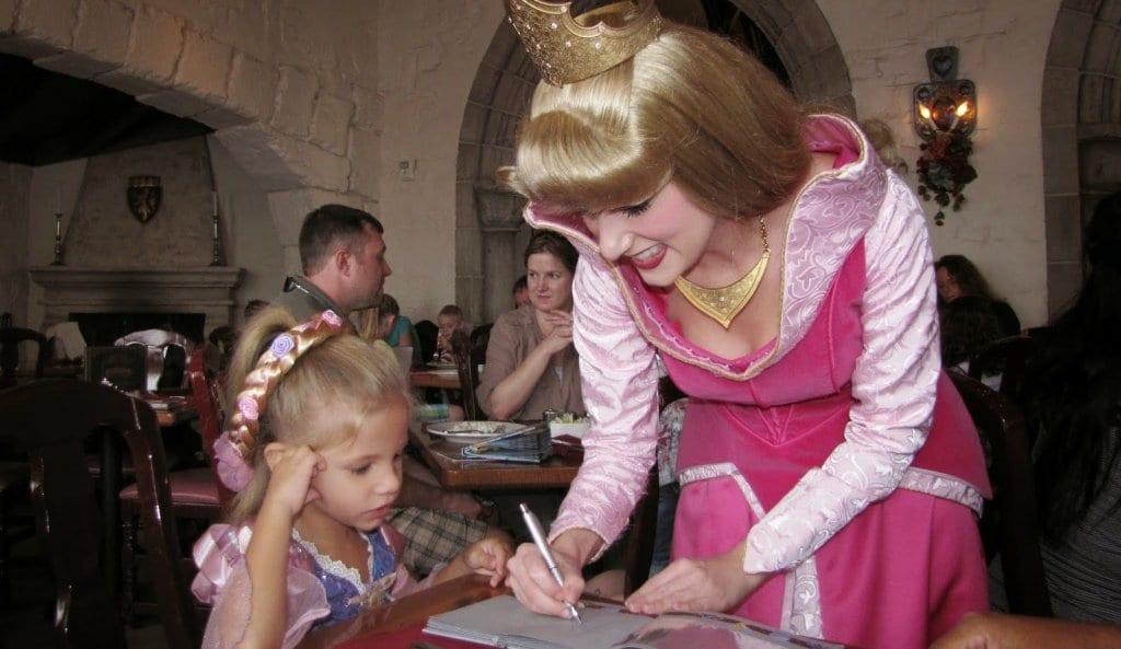 Onde encontrar a princesa Aurora Orlando