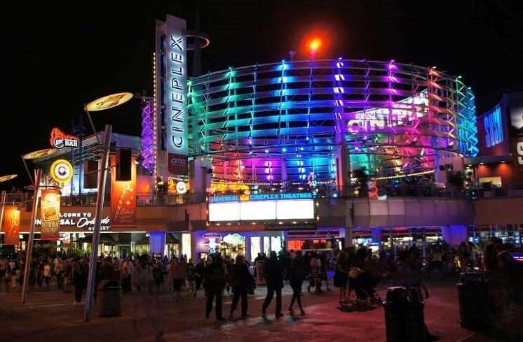 Noite em Orlando