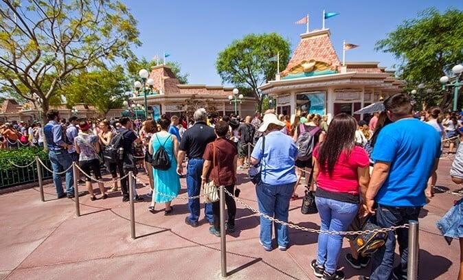 Fila Comprar Ingressos Parques da Disney