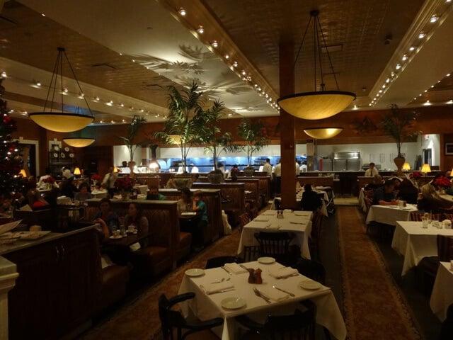 Interior do Brio Tuscan Grille Orlando