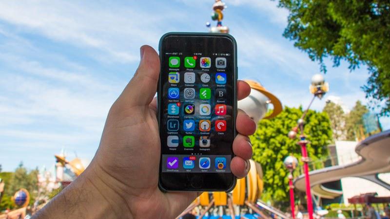 Como economizar usando o celular em Miami