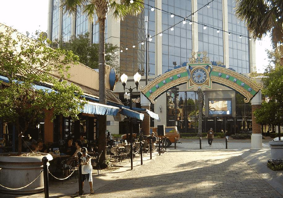 Rua do Wall Street Plaza em Orlando