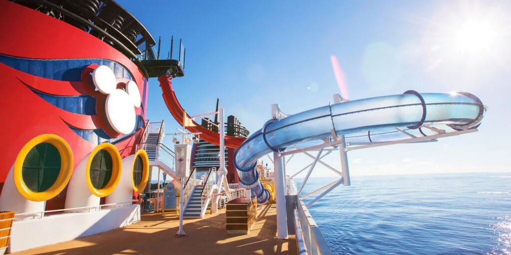 Toboágua no navio da Disney