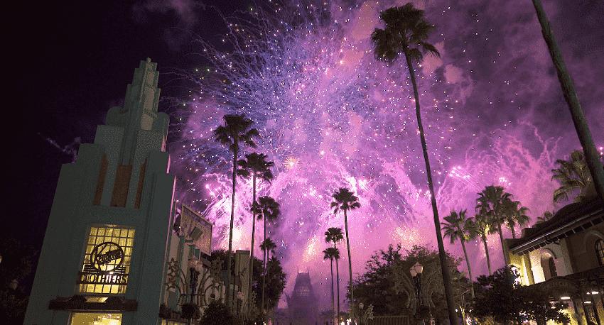 Show de fogos de artifício do Star Wars na Disney