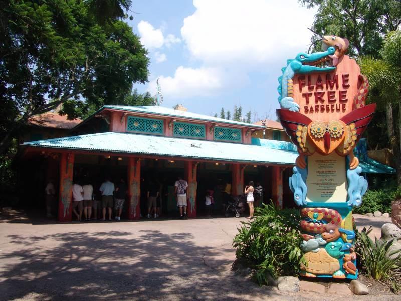 Restaurante Flame Tree Barbecue no Animal Kingdom em Orlando
