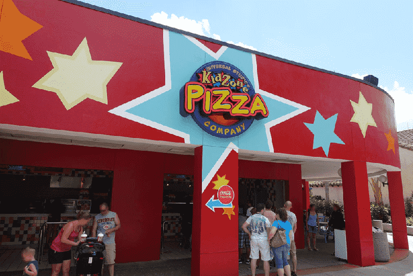 Restaurantes na Woody Woodpecker's KidZone® no Universal Studios em Orlando