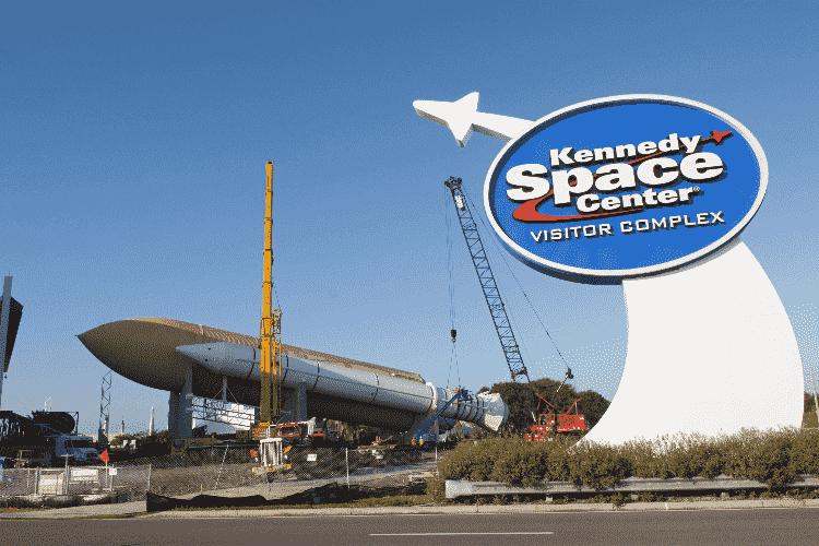 Entrada do Centro espacial da NASA em Orlando: Parque Kennedy Space Center