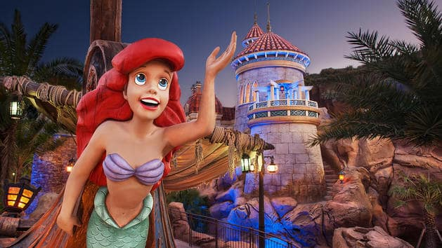 Pequena-sereia no Magic Kingdom em Orlando