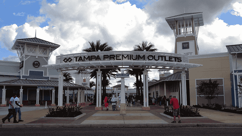 Tampa Premium Outlets em Tampa