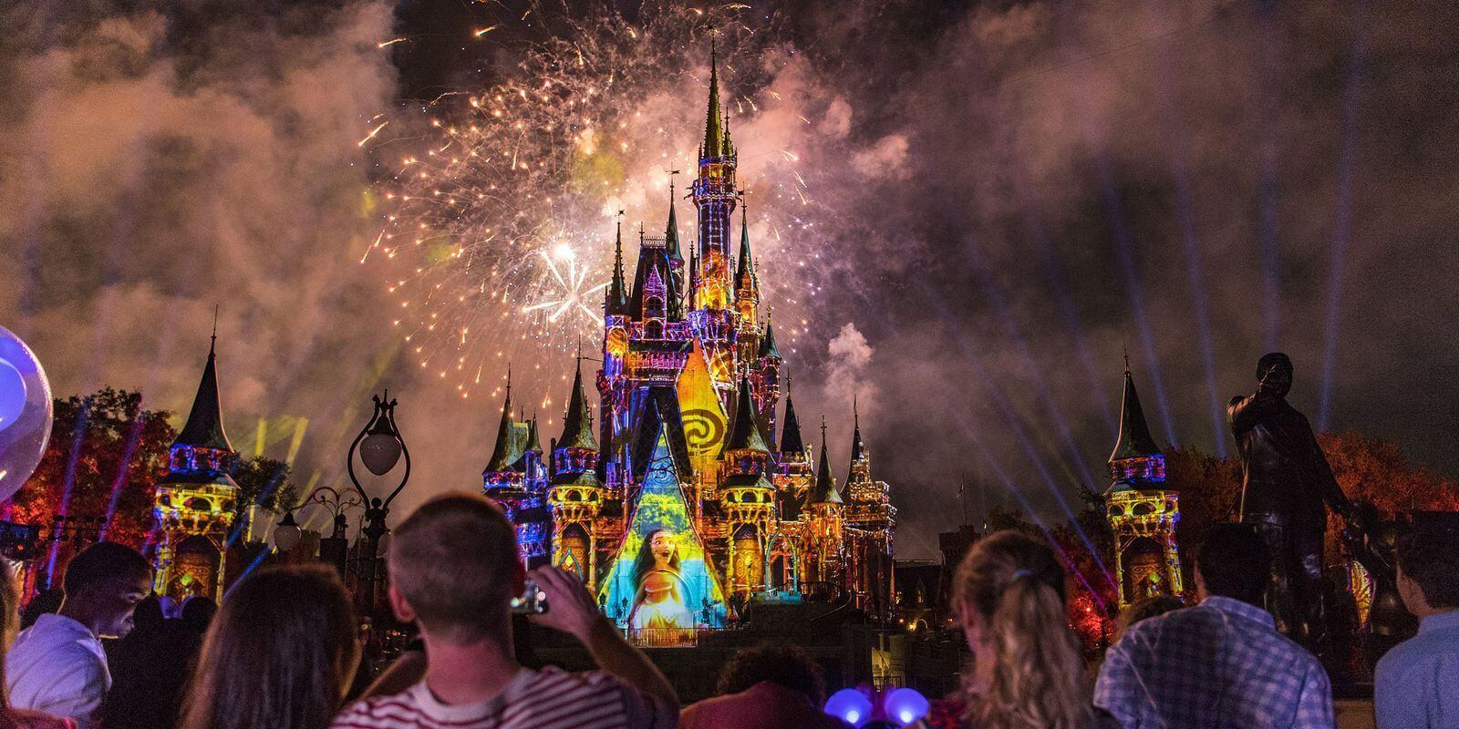 Show de fogos Disney Happily Ever After no Magic Kingdom em Orlando