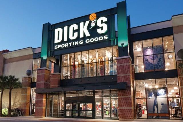 Loja de esportes DICK'S Sporting Goods em Orlando: fachada