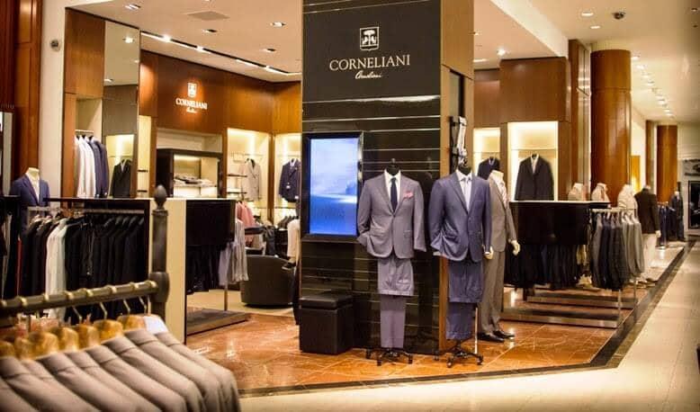 Loja de roupas Saks Fifth Avenue em Orlando
