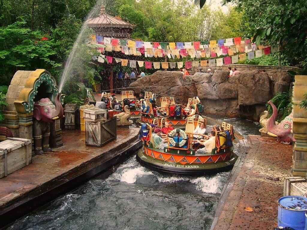Quais brinquedos valem o uso do fast pass no Animal Kingdom: Kali River no Animal Kingdom