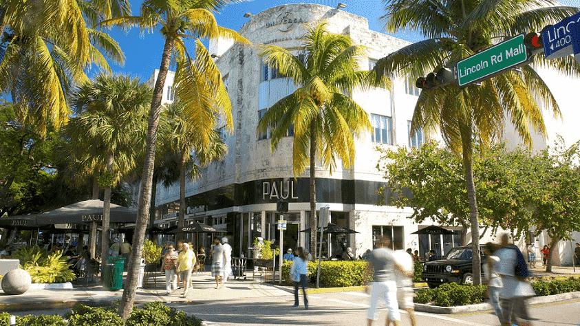 Rua de compras em Miami