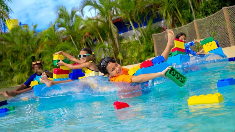 Crianças no Legoland Waterpark