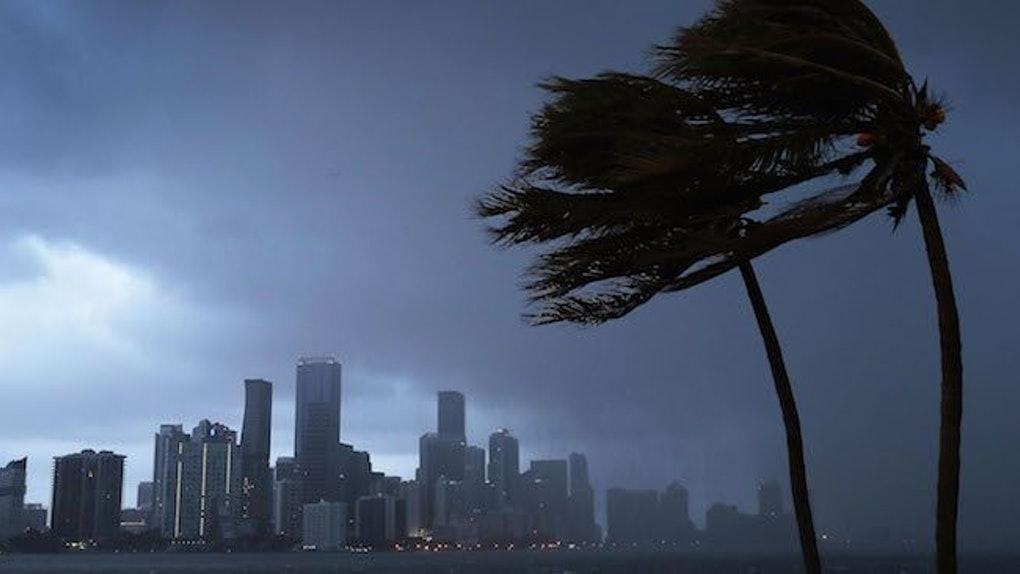 Ventos e chuva na Flórida