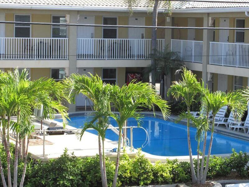 Piscina do Motel Sta 'n Pla Marina Resort em Clearwater