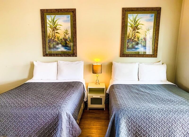 Quarto do Motel Sta 'n Pla Marina Resort em Clearwater