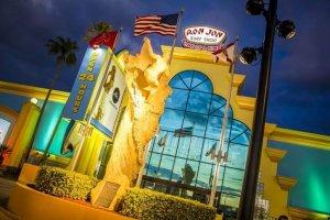 Ron Jon Surf Shop: principal loja de Cocoa Beach