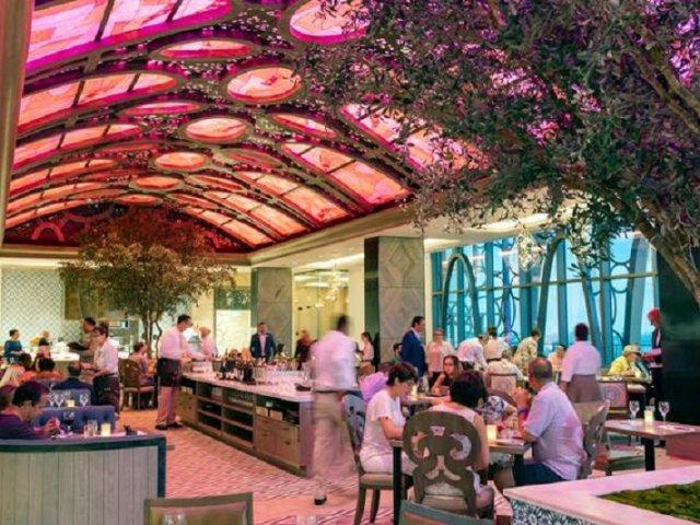 Restaurante Toledo de Tapas, Steak & Seafood na Disney Orlando