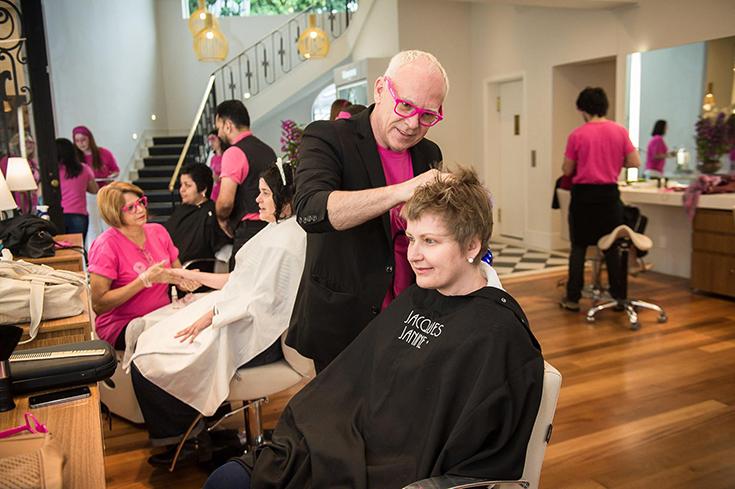 Corte de cabelo no Salão de cabeleireiro Jacques Janine em Orlando